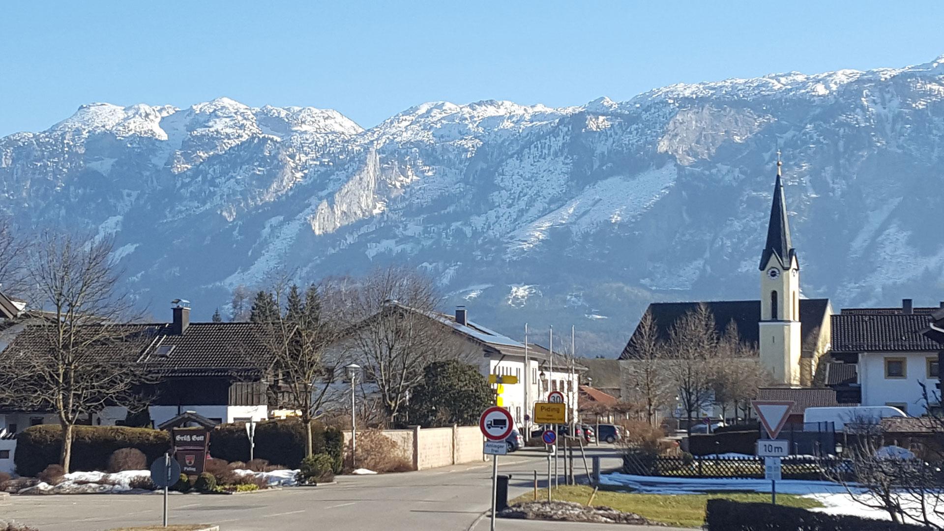 Panorama Ortseingang Piding